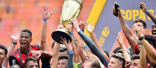 Flamengo vence São Paulo e é campeão da Copinha 2018