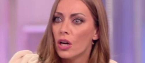 Pomeriggio 5, Karina Cascella contro Francesca Cipriani: 'All'Isola ha recitato'