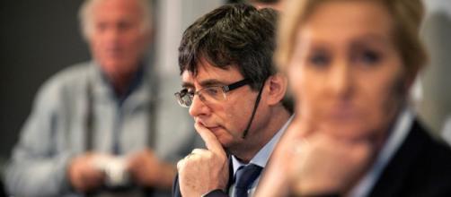 "LA SEXTA TV | Una profesora danesa se encara a Puigdemont: ""¿Son ... - lasexta.com"
