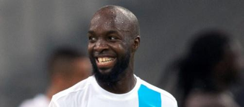 Los líderes de la Ligue 1 PSG, han firmado a Lassana Diarra