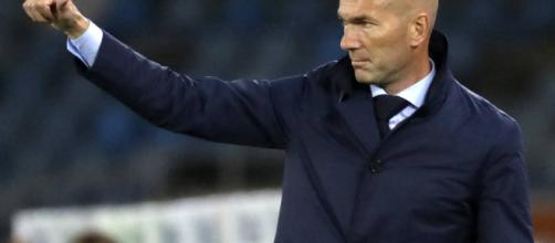 París Saint-Germain: El PSG tira la caña a Zinedine Zidane. - elconfidencial.com