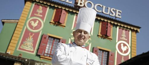 Paul Bocuse y su restaurante familiar de Lyon, donde trabajó más de medio siglo