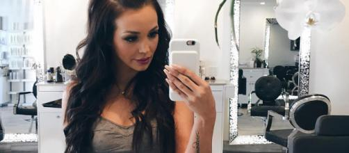 Scheana Marie takes a selfie. [Photo via Instagram]