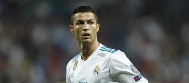 Cristiano Ronaldo continua em problemas no Real