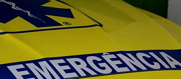 Socorro foi prestado pelos bombeiros e pelo INEM mas a vítima não resistiu aos ferimentos.