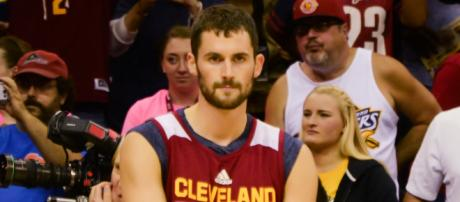Kevin Love wants to Team Up with Warriors Superstar [Image by Erik Drost / Wikimedia Commons]