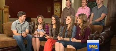 The Duggars talk about their financial situation. -- GMA/YouTube