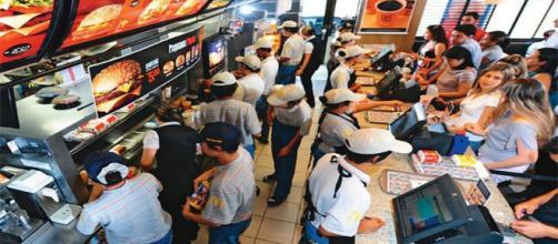 15.000 vagas de emprego no McDonald's