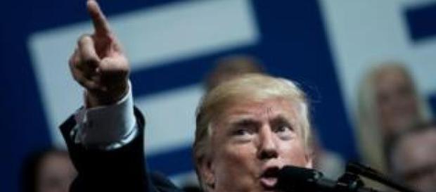 Donald Trump se enfrenta a estrellas del deporte de Estados Unidos ... - noticiasdehoy.co