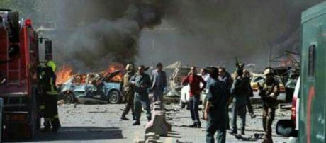 Attentato a Kabul nei pressi del Ministero dell'Interno
