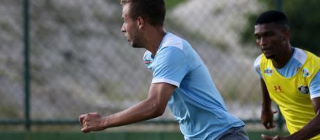 Do Sub-20, Renato pode ganhar uma chance no domingo (Foto: Lucas Merçon/Divulgação Fluminense FC)