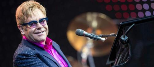 Elton John anuncia su última gira y su retiro definitivo de los ... - laprensa.hn