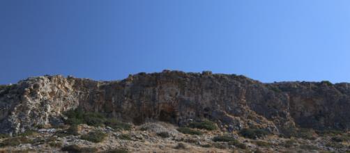 Misliya Cave in Mount Carmel | John Hawks | Flickr - flickr.com