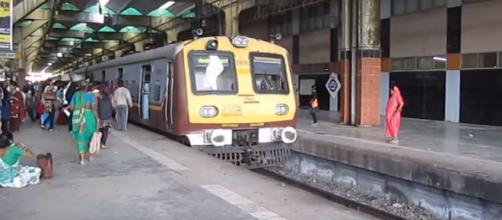 Mumbai Local Train - Image credit - Anita Paliwal | YouTube