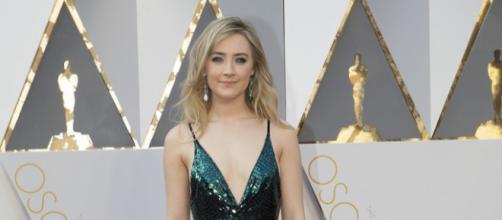 Saoirse Ronan at the 2016 Oscars [Image via Disney/ABC Television Group, flickr.com]