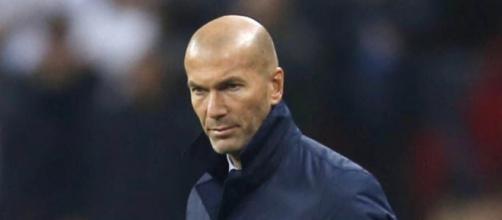 Zinedine Zidane en uno de sus partidos