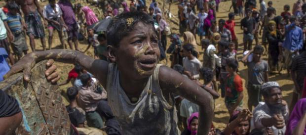 Aung San Suu Kyi, es llamado para asesorar sobre la crisis de Rohingya.