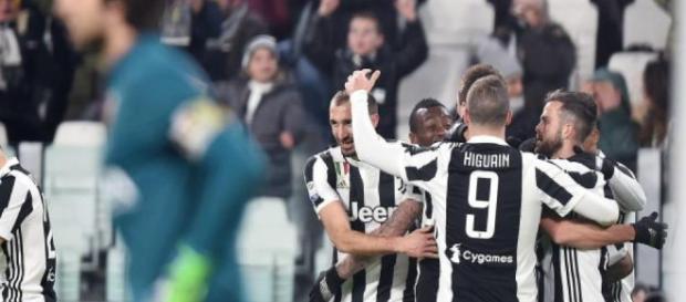 Juventus vence 1 por 0 al Génova con gol de Costa