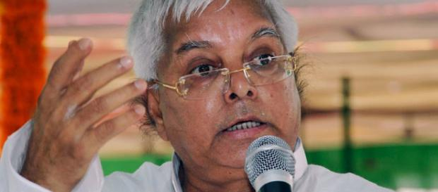 Lalu Calls Nitish Kumar 'Turncoat', Says 'Match was Fixed' With ... - (Image Credit:news18/Youtube)
