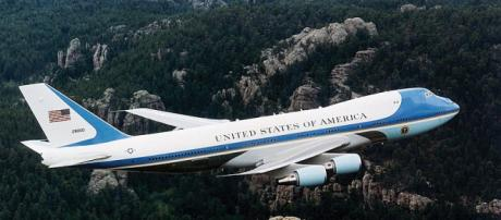 Air Force One during a past flight over Mount Rushmore.[image via commons wikimedia/US Air Force]