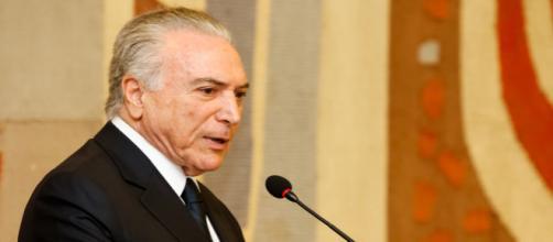 Após participar de encontro em Davos, Temer retorna ao Brasil determinado a aprovar reforma da Previdência.