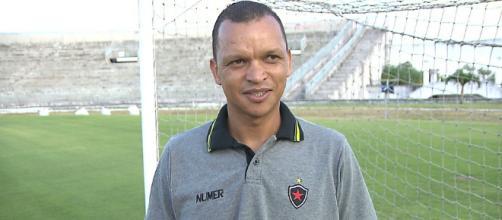 Warley era gerente de futebol do Botafogo