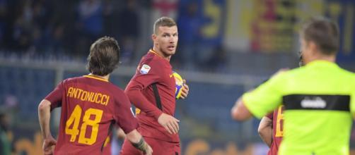 Edin Dzeko e Mirko Antonucci (fonte: AS Roma)