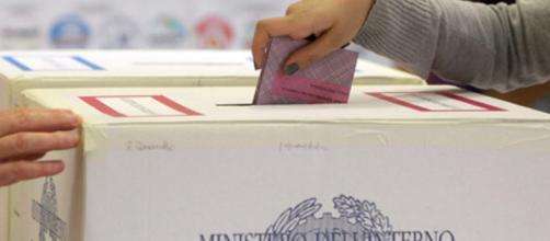Elezioni politiche: sondaggi elettorali