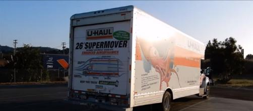 Rent a Uhaul Biggest Moving Truck ~ Easy to / How to Drive Video Review- Cereal Marshmallows YouTube Cap