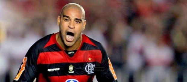 Adriano quiere regresar al Flamengo