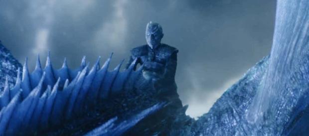 Rei da Noite montado em Viserion em ''Game of Thrones''