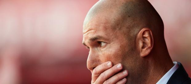 Zidane tiene la presión sobre sus hombros, el Real Madrid va de mal en peor