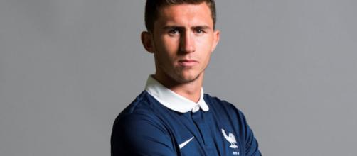 Aymeric Laporte con la maglia della Francia