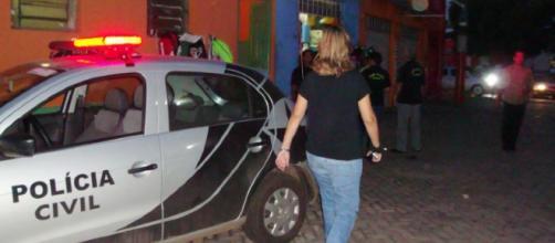 Carcereiro reage à tentativa de assalto. (Foto Reprodução).