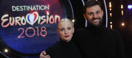 """C'est le duo """"Madame Monsieur"""" qui représentera la France à l'Eurovision en mai 2018 (Crédit photo : Gilles Scarella - FTV)"""