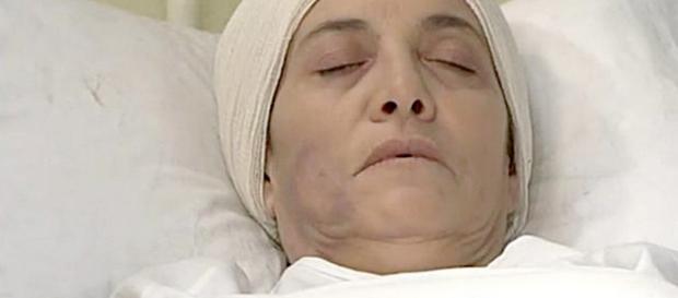 Una Vita, trame spagnole: Fabiana avrà un bruttissimo incidente