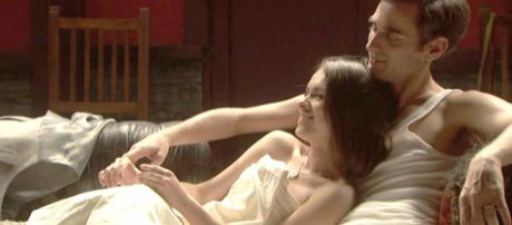 Il Segreto anticipazioni: Beatriz fa l'amore con Aquilino