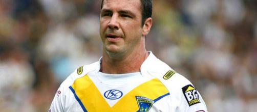 Adrian Morley was a big-hit Down Under with the Sydney Roosters. Image Source - mirror.co.uk