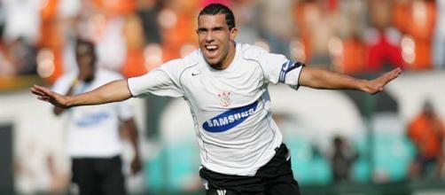 Corinthians quiere terciar entre Boca y Shanghái Shenhua para ... - ambito.com