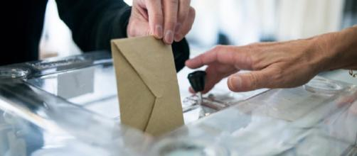 Elections législatives partielles : les Macronistes affaiblis