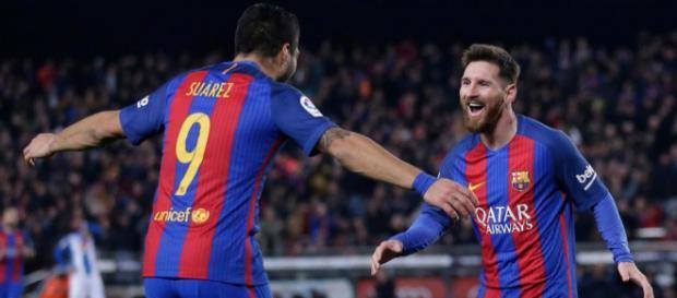 FOTO) Esposas de Messi y Suárez se lanzan como modelos | ECUAGOL - ecuagol.com