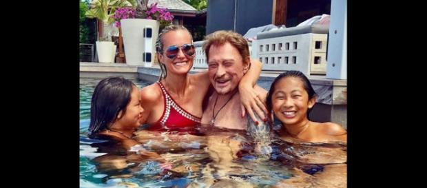 Johnny Hallyday en vacances à Saint-Barthélemy avec sa femme ... - purepeople.com