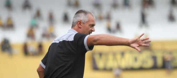 Lisca durou apenas quatro jogos no comando do Criciúma. (Foto Reprodução).