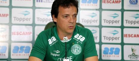 Fernando Diniz trocou o Guarani pelo Atlético-PR