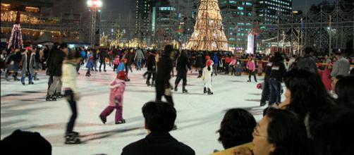 City Hall ice rink in Seoul, South Korea. - [Image credit – LWY, Wikimedia Commons]