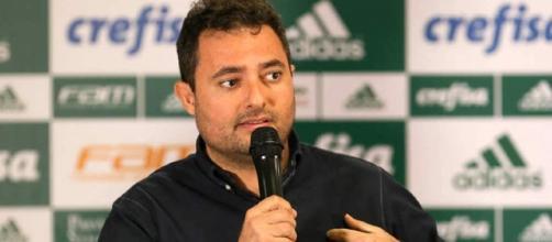 Diretor de futebol Alexandre Mattos anunciou reforço que já era aguardado.