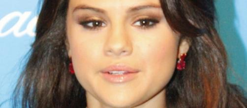 Selena Gomez's mom skeptical over Justin Bieber relationship. [Image Credit: Wikimedia Commons]