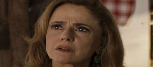 Sophia sai da cadeia em ''O Outro Lado do Paraíso''