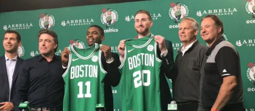 Boston Celtics presentan a Gordon Hayward y Kyrie Irving - despachoceltics.com