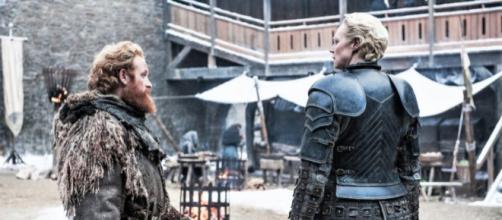 Brienne y cuatro compañeros de reparto se dirigen a Islandia